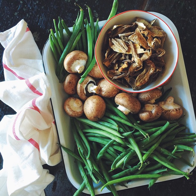 Traditional Green Bean Casserole is just not my thing. Instead, I amp up this classic with dried porcini mushrooms, fresh creminis, and local Blue Lake green beans. #KKTDay2014