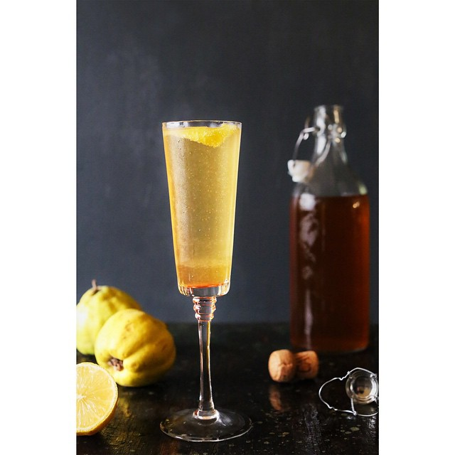 Today on KitchenKonfidence.com, I'm sharing this Apple & Quince Sparkler, perfect for NYE! This cocktail is part of the #WhatIDrink series, a spirited collaboration with @myfoodthoughts and @noshonit. Be sure to check out their fab cocktails as well!