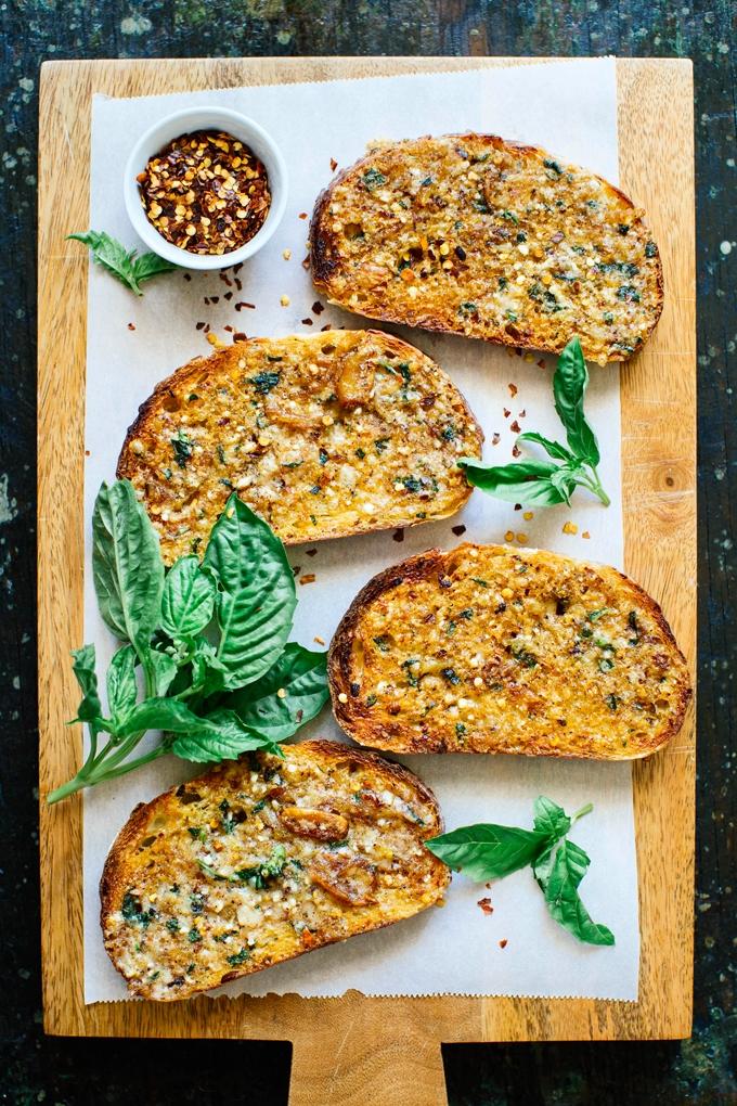 OMG Garlic Bread Recipe