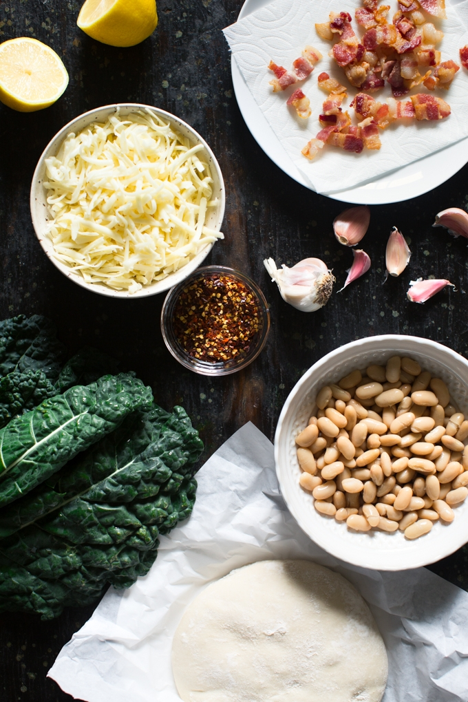 Kale and White Bean Pizza Ingredients