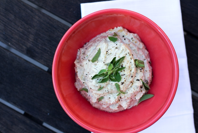 Olive Oil Tuna Spread with Lemon and Oregano