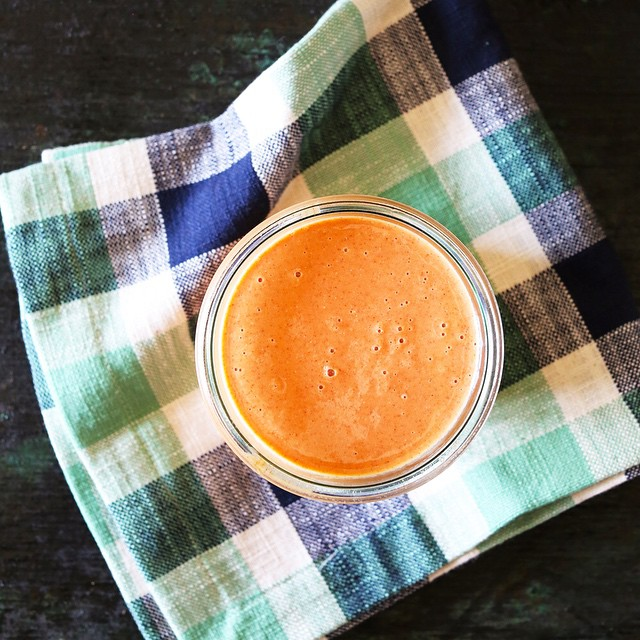 Orange Carrot Chia Smoothie on KitchenKonfidence.com right now! Tastes like an orange creamsicle . But balanced. And not full of sugar. And full of fiber and nutrients.