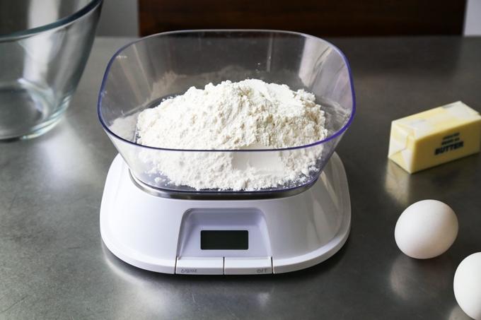 Flour Scale