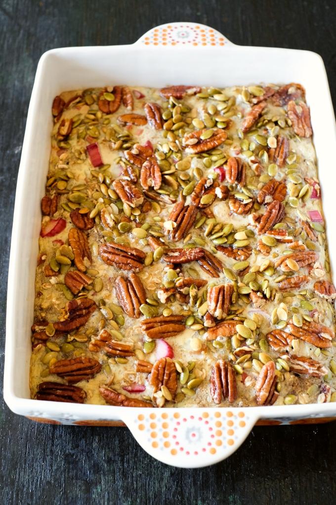 Strawberry Rhubarb Baked Oatmeal Recipe