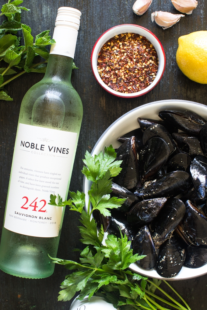 Grilled Mussels with White Wine, Fried Garlic and Herbs Ingredients