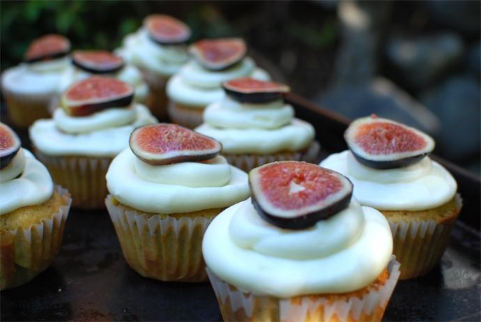 Fig, Pistachio, Olive Oil Cupcakes