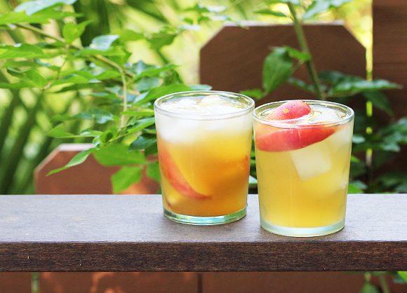 Peach Ginger Sangria