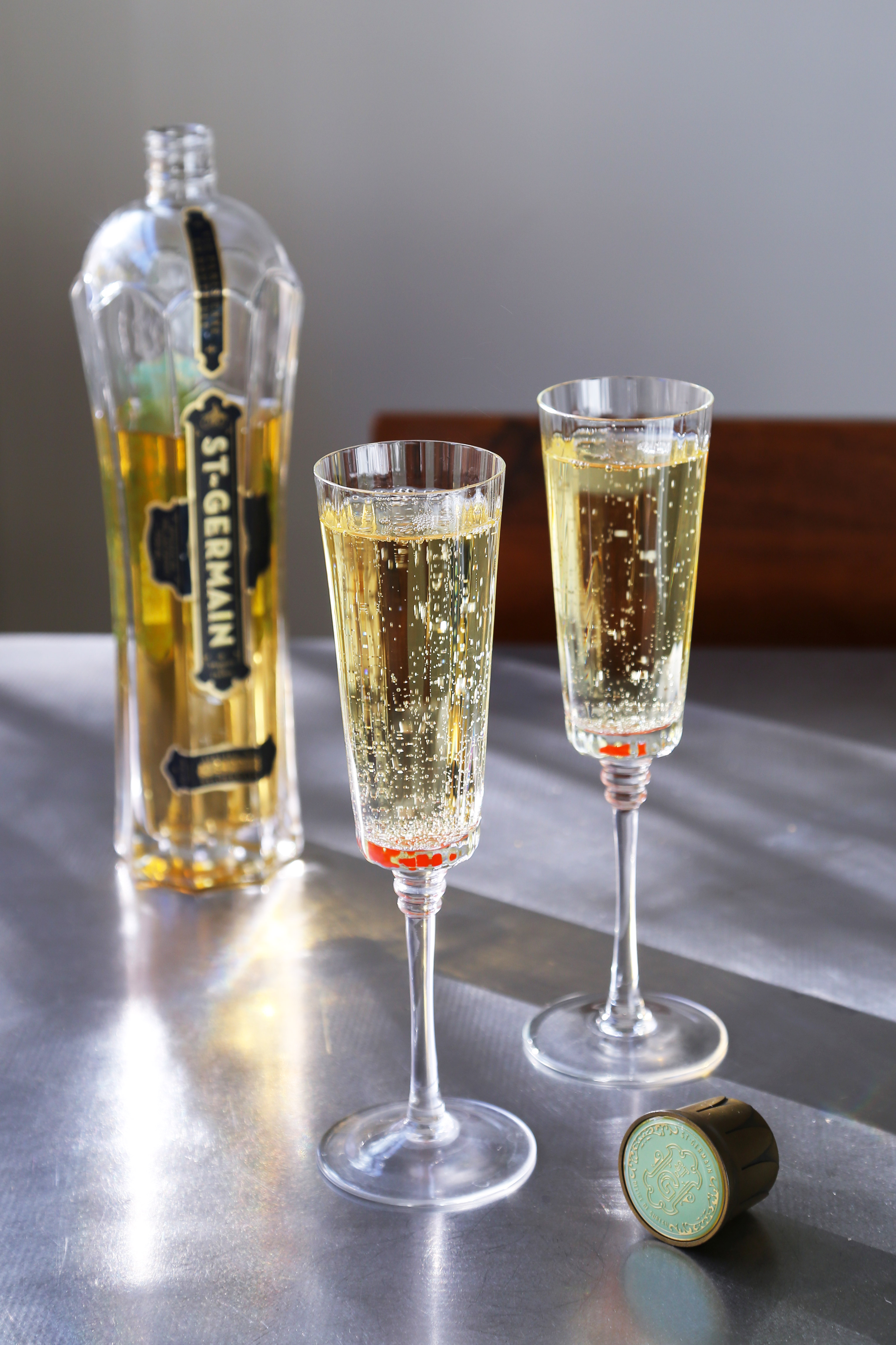 St germain and champagne for Champagne mixed drinks