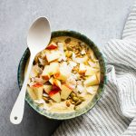 Spiced Oatmeal and Apple Smoothie Bowl Recipe
