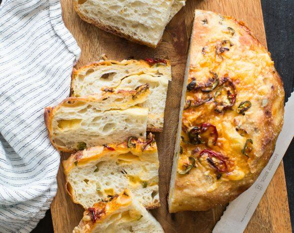 Cheddar Jalapeno No Knead Bread