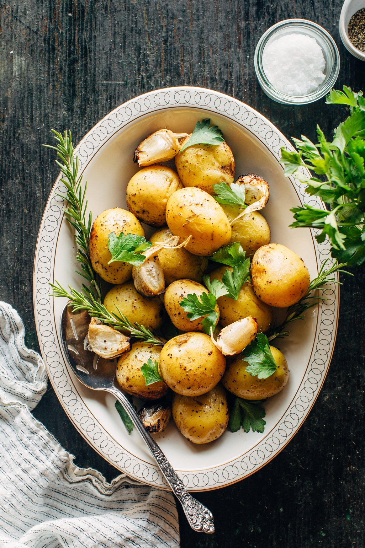 Grilled Potatoes with Garlic and Herbs
